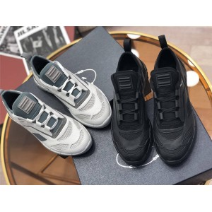 prada中国官网普拉达新款正品男鞋男士真皮拼接织物运动鞋4E3515