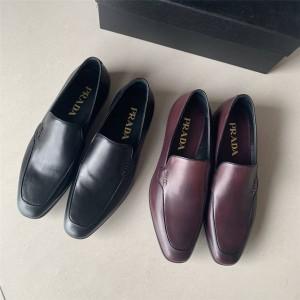 香港prada折扣店普拉达官网男鞋新款真皮一脚蹬商务皮鞋乐福鞋2DC189