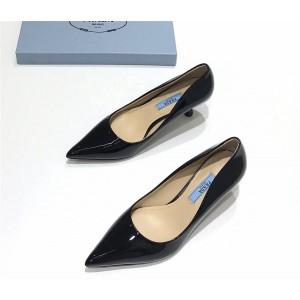 PRADA普拉达香港官网奢侈品代购网站正品新款女士漆皮高跟鞋单鞋