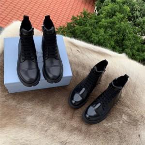 prada香港官网代购普拉达新款女靴真皮系带军旅风皮革切尔西短靴