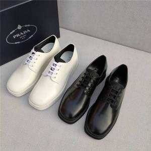 PRADA官网普拉达正品价格新款男鞋亮面皮革德比鞋2EG336
