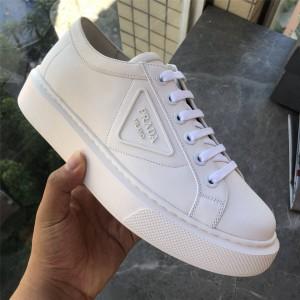 prada美国官网普拉达正品男鞋Soft Calf 小牛皮运动鞋4E3560