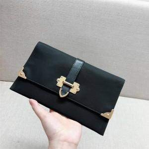 prada女包价格及图片普拉达官网代购网新款帆布织物尼龙拼皮信封手拿包