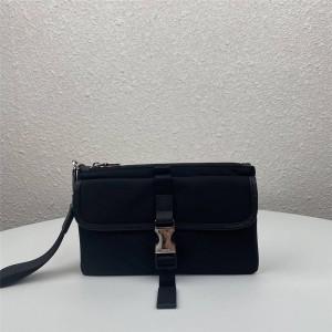 PRADA官网奢侈品普拉达新款男士尼龙拼皮手拿包手腕包2VH011