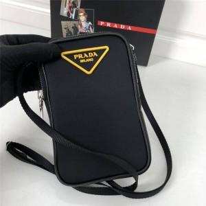 PRADA正品普拉达香港官网新款黄色三角标加衬尼龙手机包2ZT012