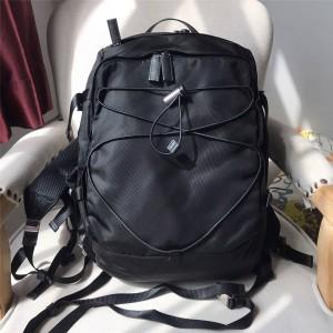 PRADA专柜正品普拉达官网男士黑色尼龙时尚运动双肩包登山包2VZ055
